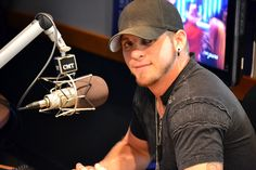 Brantley Gilbert speaks with CMT Radio during his busy day of tapings. from Brantley Gilbert countrylife Brantley Gilbert, Country Men, Country Girls, Country Strong, Country Life, Country Living, Country Singers, Country Music, Country Artists