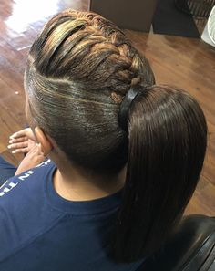 20 Under Braids Ideas to Disclose Your Natural Beauty African American Ponytail With A Braid Box Braids Hairstyles, Braided Ponytail Hairstyles, Ponytail Styles, Braided Hairstyles For Wedding, My Hairstyle, Short Hair Styles, Natural Hair Styles, Natural Beauty, Ponytail Ideas