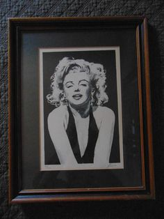 Marilyn Monroe Lithograph Matted Numbered 44 out of 300 and Signed by Lanse aka Glen Fortune Banse with Wood Frame Vintage Wall Art, Vintage Prints, Marilyn Monroe, Vintage Vogue, Dark Backgrounds, Signs, Painting Frames, Wall Art Decor, Vintage Outfits