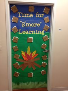 27 Great Ideas for a Camping Classroom Theme Camping theme doorway Camping Bulletin Boards, Preschool Bulletin Boards, Summer Bulletin Boards, Back To School Bulletin Boards, October Bulletin Boards, Preschool Door, Preschool Crafts, Classroom Design, Classroom Ideas