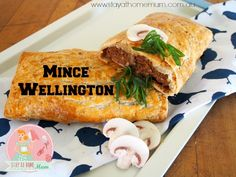 Mince Wellington is a great inexpensive dish that the kids will adore! It looks like a big sausage roll meatloaf and tastes great! Mince Recipes, Irish Recipes, Snack Recipes, Cooking Recipes, Savoury Recipes, Cooking Ideas, Beef Recipes, Easy Healthy Recipes, Great Recipes