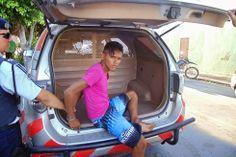 Sobral: Bandido sem noção mete bala em PM e acaba no Camburão   ARACATIAÇU EM AÇÃO