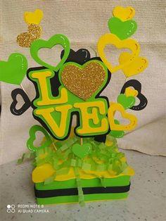 Diy Birthday, Birthday Gifts, Happy Birthday, Foam Crafts, Crafts To Make, Ideas Para Fiestas, Balloon Bouquet, Holiday Crafts, Cake Toppers