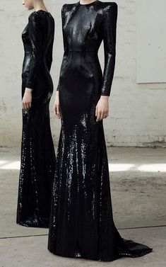 Gown by Alex Perry Pre-Fall 2018