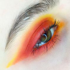 'The fire within' products used - @limecrimemakeup Venus palette and flamepoint and buttercupcake from @sugarpill #makeupinspo #makeupbyme #lotd#instaglam #editorial#creativemakeup #fashionmakeup #editorialmakeup #valsquadchallenge #myartistcommunity_uk #myartistcommunity #uncensored_mua #muaawesome #eyemakeup #beautyinspo #beautyvain #makeuplover #eyeshadow #colourpop #makeupartist #makeupart#eyeshadowpalette#theartistedit