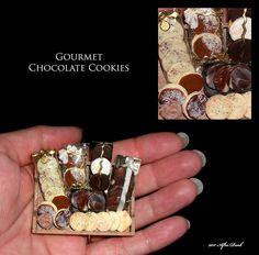••  Después Miniaturas Oscuras.  2011.  GOURMET CHOCOLATE COOKIES