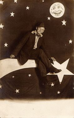 Just hanging on a shooting star! Photo Postcards, Vintage Postcards, Vintage Photos, Moon Images, Moon Photos, Vintage Moon, Vintage Paper, On Moonlight Bay, Halley's Comet