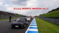 Enjoy Honda MOTEGI 2013 HONDA 50周年の歴史パレードに参加しました ツインリンクもてぎのコース上にてパシャリ♪ Honda