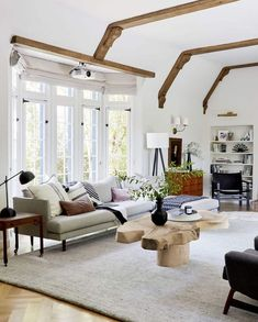 Best Interior Home Design Trends For 2020 - Interior Design Ideas 3 Living Rooms, Living Room Decor, Dining Room, Target Chair, Clad Home, Shabby Chic Salon, Home Decor Trends, Best Interior, Design Trends