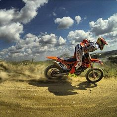 Motocross Cool Pictures, Cool Photos, Dirt Bike Girl, Cute Posts, Riding Gear, Dirtbikes, Motogp, Motorbikes, Offroad