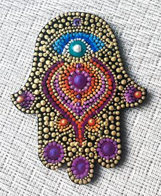 Dot Art Painting, Hamsa Hand, Girl With Hat, Mosaic Glass, Rock Art, Mosaics, Buddha, Stencils, Projects To Try
