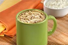 Pão de aveia de micro-ondas - Além de ficar pronta em três minutos, a receita (livre de farinha branca) é rica em fibras e controla o apetite. Aprenda a fazer!