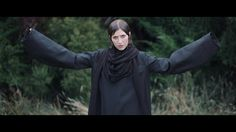 Aldous Harding - Horizon (Official Video)