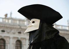 Bauta Venetian Mask