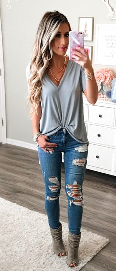 #fall #outfits women's gray v-neck shirt
