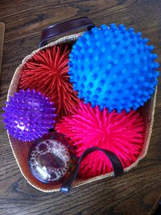 Incorporating Fidget Toys - how to choose the right ones that aid in focus and attention in therapy instead of ones that cause distraction. From Hanna B. Occupational Therapy, Speech Therapy, Play Therapy, Sensory Therapy, Dementia Activities, Group Activities, Sensory Activities, Therapy Tools, Therapy Ideas