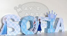 letras decoradas frozen - Buscar con Google Frozen Birthday Party, Frozen Party, Candy Bar Frozen, Letter Standee, Little Poni, Party Cakes, Girl Parties, Lettering, Banners