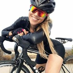 As a beginner mountain cyclist, it is quite natural for you to get a bit overloaded with all the mtb devices that you see in a bike shop or shop. There are numerous types of mountain bike accessori… Women's Cycling, Cycling Wear, Cycling Girls, Cycling Outfit, Bicycle Women, Road Bike Women, Bicycle Girl, Mountain Biking Women, Cycle Chic