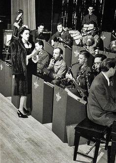 Judy Garland (1943)