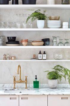 Venetian plaster wall with open kitchen shelves with houseplants Kitchen Shelves, Kitchen Items, Kitchen And Bath, Open Kitchen, Kitchen Backsplash, Larder Cupboard, My Workspace, Shelf Furniture, Amber Interiors