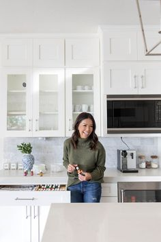 Organized Home Tour - Best of My Home Organization Blog Posts by Mika Perry. Professionally organized home tour. How to organize a home. Professional organizing. Organized home ideas. Ideas for an organized home. How to organize your home. Home organization tips and tricks.