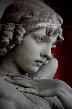 Michael Hamburg69 photography       |   Monteverde Angel, 2014  |   Staglieno Cimitero Monumentale |   Genoa, Italy