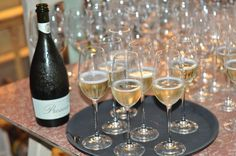 Travel Australia : Discover the new King Valley Prosecco Road wine and food region Memorial Jewelry, Victoria Australia, Wineries, Prosecco, White Wine, Alcoholic Drinks, Bubbles, King, Adventure