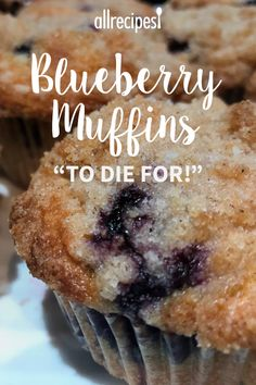 To Die For Blueberry Muffins 5 ☆ X Over 000 ratings. My search for perfect blueberry muffins ends here. They came out like you would expect from a gourmet bakery. Köstliche Desserts, Dessert Recipes, Easy Recipes For Desserts, Recipes With Milk, Chocolate Chip Recipes Easy, Bake Sale Recipes, Easy Baking Recipes, Chocolate Chip Muffins, Plated Desserts