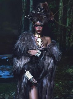 So much charisma, a tribal queen, she reminds me of Princess Mononoke