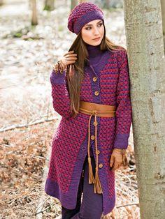 Die Beerenfarben machen Lust auf Spaziergänge durch den Herbstwald. Mütze und Jacke halten hierbei kuschlig-warm. Das Sternenmuster ist ein echter Hingucker und ganz einfach zu stricken. Hier finden Sie die Anleitung für Mütze und Jacke.
