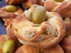 Ελιοκούλουρα - Elpidas Little Corner Bagel, Doughnut, Corner, Bread, Cookies, Breakfast, Desserts, Recipes, Food