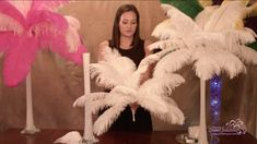 Ideas Party Decorations Gatsby Ostrich Feathers For 2019 Simple Wedding Centerpieces, Diy Centerpieces, Diy Wedding Decorations, Masquerade Centerpieces, Art Deco Wedding Decor, Prom Decor, Wedding Art, Ostrich Feather Centerpieces, Eiffel Tower Vases