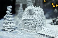 Crochet Christmas house by kirakoktysh.com