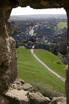 This is the area that was the setting for many Famous 5 books (Enid Blyton). England Uk, Dorset England, Great Places, Beautiful Places, Places To Travel, Places To Visit, Corfe Castle, Enid Blyton, Jurassic Coast