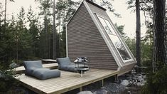 The Nido house is a 100 square foot micro cabin.