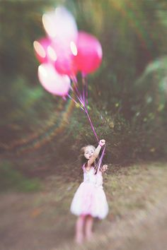 Lensbaby Composer Pro with Double Glass optic.  Birthday girl, pink balloons#Lensbaby #seeinanewway