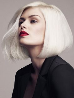Ultra Modern Bob Hairstyle Layered Medium Hair Style