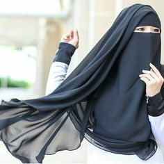 Muslim Women Fashion, Islamic Fashion, Beautiful Muslim Women, Beautiful Hijab, Hijabi Girl, Girl Hijab, Niqab Fashion, Girl Fashion, Muslim Hijab