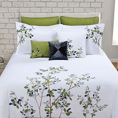 Max Studio Home King Duvet Cover Set Beautiful Tree Leaves Floral Embroider Max Studio Home, Bed Cover Design, Designer Bed Sheets, Green Duvet Covers, Embroidered Bedding, King Duvet Cover Sets, Hotel Sheets, Bed Spreads, Comforter Sets