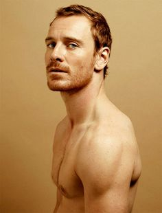 jesus god Michael Fassbender with a red beard. Please excuse me, I'll be selling my soul for some of that. Michael Fassbender, Blue Eyes Men, Red Beard, Ginger Beard, Hot Ginger Men, Ginger Snap, Ginger Hair, Actrices Sexy, Male Body