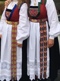 Folk Costume, Costumes, Norwegian Clothing, Scandinavian Embroidery, Going Out Of Business, Traditional Outfits, Norway, Diy And Crafts, Textiles