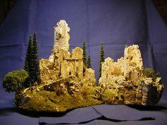 Burgruine, ruined castle http://www.modellbauluft.de/Aktuelles/20-Jahre-Modellbau-Luft/H555_01.JPG