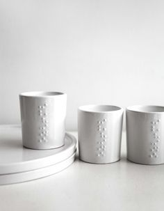 tableware with braille/ onshus so cool