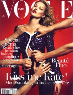 KATE MOSS is the world's most prolific Vogue cover girl – with thirty British Vogue covers, 16 Vogue Paris covers, and five for US Vogue. Since 1993 she has been one of the world's most recognisable models – and her versatility has seen her grace Vogue Vogue Covers, Vogue Magazine Covers, Fashion Magazine Cover, Fashion Cover, Magazine Mode, Magazine Editorial, Editorial Fashion, Makeup Editorial, Magazine Stand