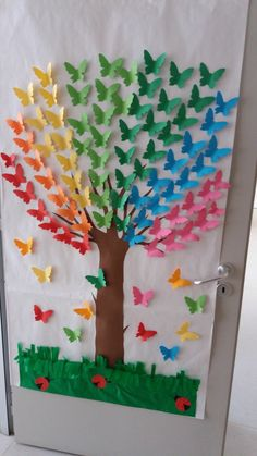 Rainbow Tree - an idea for class decoration . - Rainbow Tree – an idea for class decoration … – # a # for # … – crafts for chi - Kids Crafts, Summer Crafts, Preschool Crafts, Easter Crafts, Diy And Crafts, Arts And Crafts, Creative Crafts, Jar Crafts, Creative Art