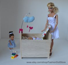 "Crib  for doll nursery in 1/6 scale (Barbie, Happy Family, Barbie Baby, Petite Blythe and other 4"" or smaller playscale dolls)."