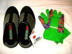 """GardenGrips Clogs ~ U.S. SIZE MEN'S 5 or WOMEN'S 7 + 1 NEW PAIR OF GARDEN GLOVES #LawnGrips #Clogs  Item condition:New without box """"New Never Worn! Still Has Original Tags!"""" Time left: 2d 22h (Aug 05, 2014 19:20:02 PDT) Price:US $54.99"""