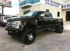"""Fabtech Motorsports on Instagram: """"Ford Super Duty equipped with a Fabtech 6"""" System 📸: @maximum_altitude"""" Ford 4x4, Lifted Ford, Dually Trucks, Ford Super Duty, Monster Trucks, Big, Instagram"""