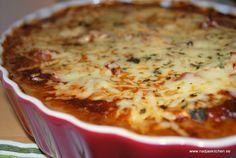 Bacontoppad kycklinggratäng English Bread, English Food, Diet Recipes, Chicken Recipes, Snack Recipes, Healthy Recipes, Quorn, Swedish Recipes, International Recipes
