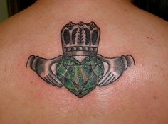 Love this but with a different crown. Maybe the crown red and the hand gold? Music Tattoos, Body Art Tattoos, Wing Tattoos, Zodiac Tattoos, Quote Tattoos, Irish Tattoos, Celtic Tattoos, Small Tattoo Designs, Small Tattoos